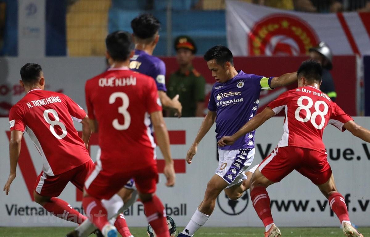 Hà Nội FC hòa 1-1 Viettel ở vòng 8 V-League 2020 tối 5/7 với đội hình chắp vá. (Ảnh: Phúc Tá/Vietnam+)