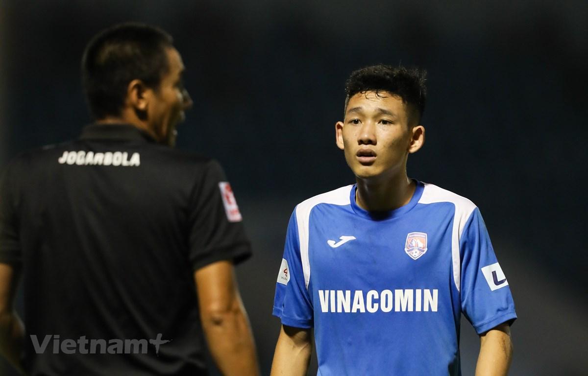 Tiền vệ trẻ Hai Long sinh năm 2000 của Than Quảng Ninh. (Ảnh: PV/Vietnam+)