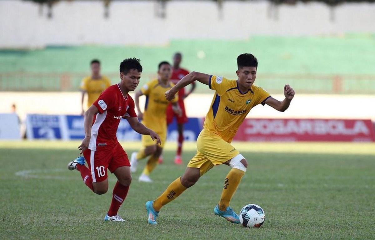 Các đội khách đều giành chiến thắng ở loạt trận sớm chiều 18/7 của vòng 10 V-League 2020. (Ảnh: VPF)