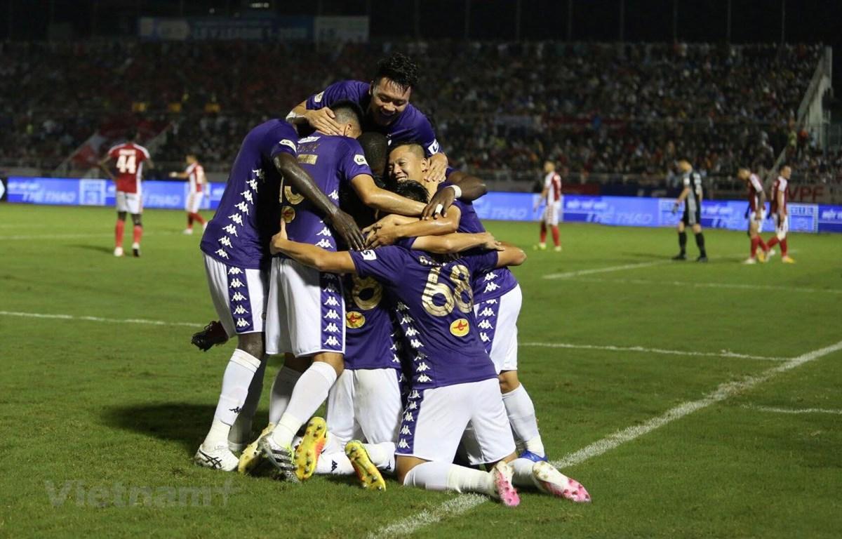 TP.HCM bất ngờ thua đậm 0-3 Hà Nội FC dù được đánh giá cao hơn. (Ảnh: Nam An/Vietnam+)