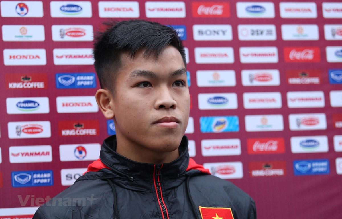 Tiền vệ Hữu Thắng vừa vô địch hạng Nhất Quốc gia 2020 cùng câu lạc bộ Bình Định. (Ảnh: Hiển Nguyễn/Vietnam+)