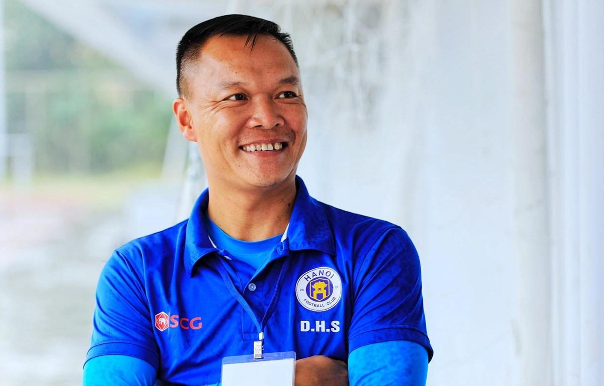 Cựu danh thủ Dương Hồng Sơn sẽ dẫn dắt Quảng Nam. (Ảnh: FBNV)