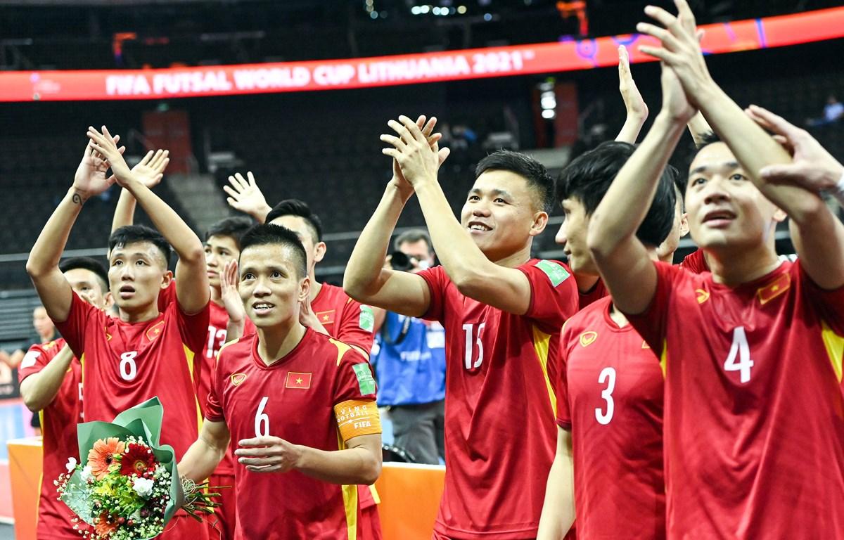 Tuyển futsal Việt Nam trở thành đội bóng châu Á duy nhất có hai lần liên tiếp vượt qua vòng bảng ở FIFA Futsal World Cup trong hai kỳ tham dự đầu tiên (2016 và 2021). (Ảnh: VFF)