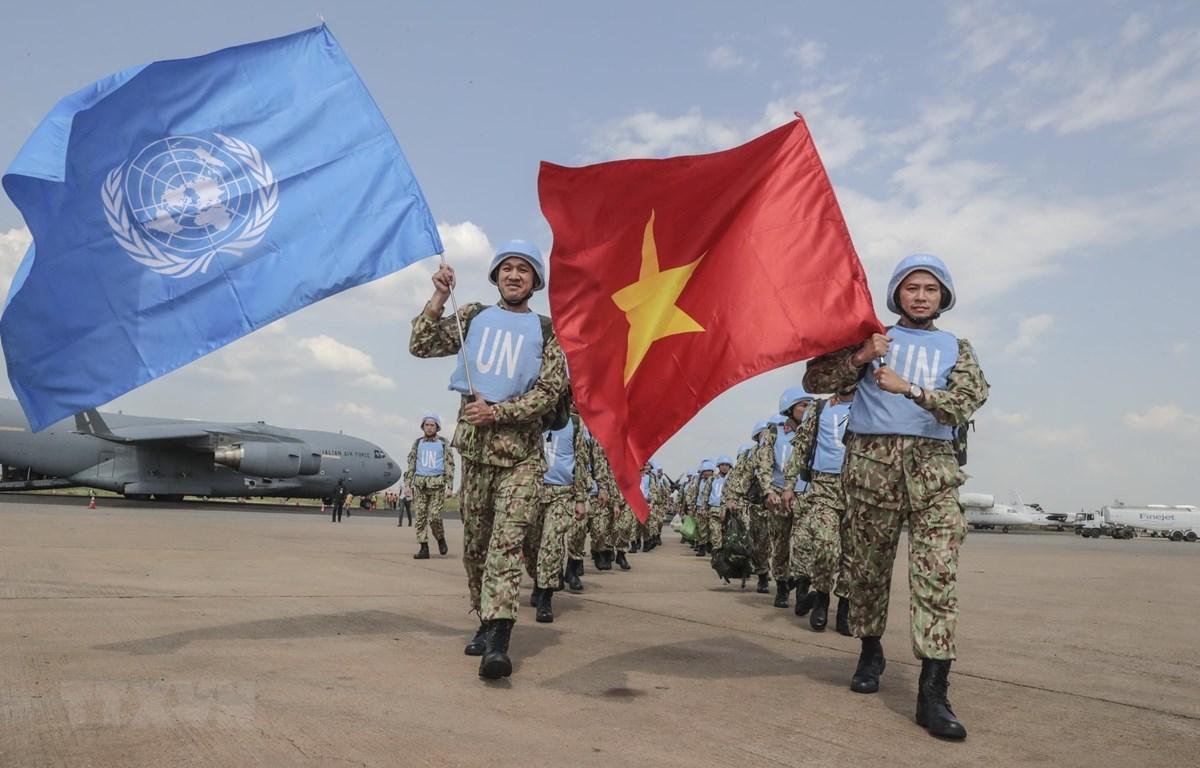 Ngày 2/10/2018, 32 bác sỹ đầu tiên trong tổng số 63 cán bộ, bác sỹ Bệnh viện dã chiến cấp 2 số 1 của Việt Nam đã được máy bay vận tải C-17 Globemaster thuộc Lực lượng không quân Hoàng gia Australia (RAAF) đưa tới thủ đô Juba (Nam Sudan) cùng nhiều tấn thi