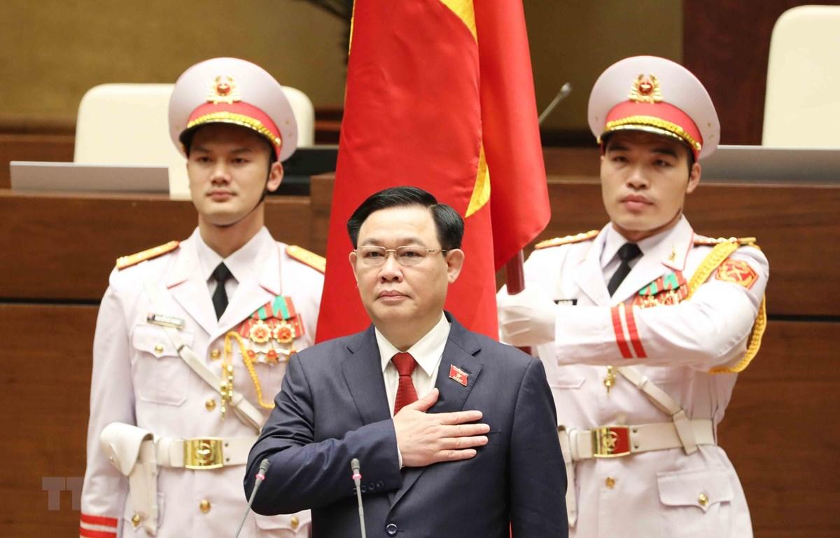 Chủ tịch Quốc hội Vương Đình Huệ tuyên thệ nhậm chức. (Ảnh: Phương Hoa/TTXVN)