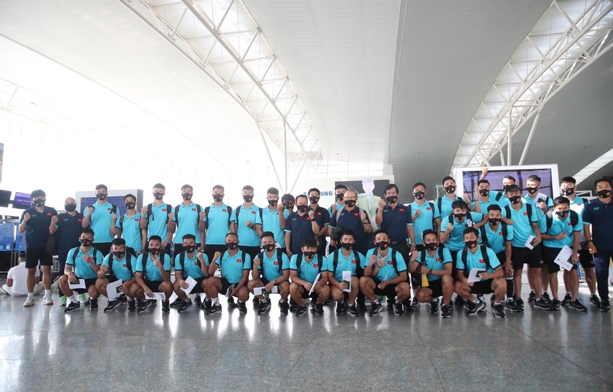 Đội tuyển Việt Nam được rút ngắn thời gian cách ly sau khi trở về nước. (Ảnh: TTXVN)