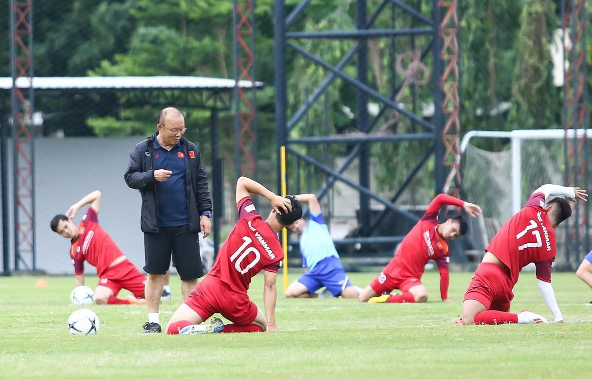Huấn luyện viên Park Hang-seo triệu tập 36 cầu thủ ở đợt hội quân giữa tháng Tám này. (Ảnh: Nguyên An/Vietnam+)
