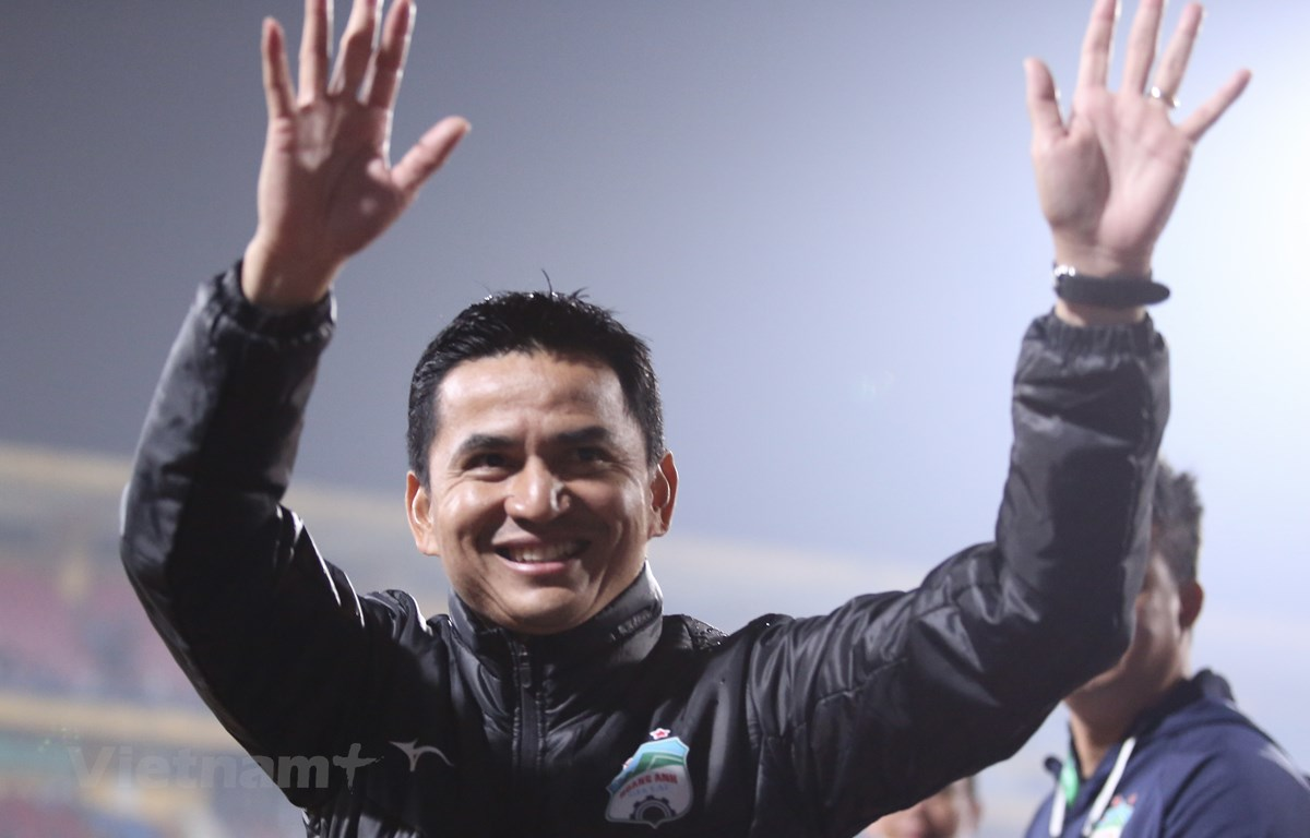 Kiatisak đang hồi sinh Hoàng Anh Gia Lai. (Ảnh: PV/Vietnam+)
