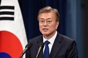 Tổng thống Hàn Quốc lệnh bỏ sách giáo khoa lịch sử gây tranh cãi