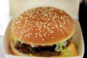 Pháp: Doanh số bán burger lần đầu vượt doanh số bán baguette