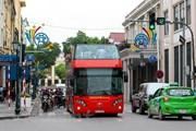 [Video] Xe buýt 2 tầng mở thêm tour vào buổi tối tại Hà Nội