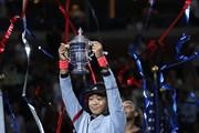 Hạ gục Serena, Naomi Osaka lần đầu tiên vô địch US Open