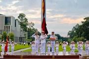 [Video] Lễ treo cờ rủ Quốc tang Chủ tịch nước Trần Đại Quang