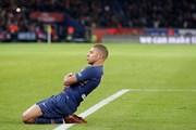 Cận cảnh Mbappe đi vào lịch sử trong ngày PSG san bằng kỷ lục