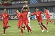 Malaysia và Myanmar cùng thắng, đẩy Việt Nam xuống vị trí thứ 3