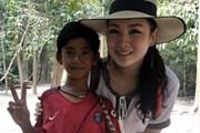 Cậu bé Campuchia 10 tuổi gây sốt khi có thể nói hơn 10 ngôn ngữ