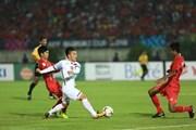 Cổ động viên Hàn Quốc cổ vũ tuyển Việt Nam tại AFF Suzuki Cup