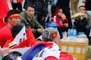Những màn hóa trang 'dị' hâm nóng trận Việt Nam-Malaysia