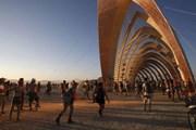"""Thụy Sĩ nghiên cứu về Lễ hội """"lập dị"""" Burning Man trên đất Mỹ"""