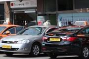 Hàn Quốc lần đầu tiên xử phạt các hãng taxi từ chối đón khách