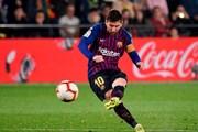 Barcelona thoát thua trước Villarreal sau 'cơn mưa bàn thắng'
