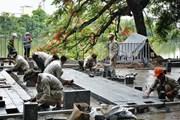 """Người dân bày tỏ ý kiến với dự án lát gạch vỉa hè """"vĩnh viễn"""" ở Hà Nội"""