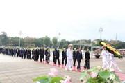 [Photo] Lãnh đạo Đảng, Nhà nước vào Lăng viếng Chủ tịch Hồ Chí Minh
