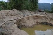 """[Photo] Điện Biên: Loạn tình trạng khai thác cát """"chui"""" ở Mường Phăng"""