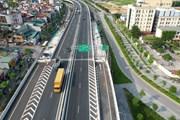 Hình ảnh xây dựng 6 ram lên/xuống cầu cạn Mai Dịch-Nam Thăng Long