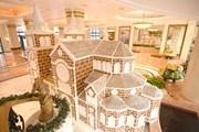 Độc đáo mô hình Nhà thờ Đức Bà phủ bánh quy gừng giữa lòng Hà Nội