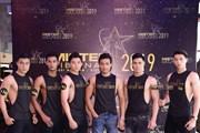 [Photo] Ngắm body dàn 'nam thần 6 múi' đổ về dự tuyển Mister Việt Nam