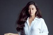 [Photo] Hoa hậu Lương Thùy Linh 'gây thương nhớ' với sơ mi trắng