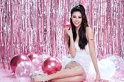 Hoa hậu Khánh Vân khoe bộ ảnh đặc biệt mừng tuổi mới