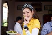 [Photo] Hoa hậu Khánh Vân thích thú khám phá vùng quê Long An