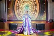 [Photo] Hoa hậu Khánh Vân thần thái trình diễn trang phục dân tộc