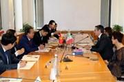Phó Thủ tướng Trương Hòa Bình thăm Đại sứ quán Việt Nam tại Italy