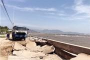 Sóng biển xâm thực gây sạt lở nghiêm trọng, 1.400 người bị đe dọa