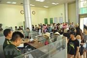 10 triệu lượt khách xuất nhập cảnh qua cặp cửa khẩu Móng Cái-Đông Hưng