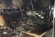 Chập điện, cửa hàng kinh doanh điện thoại cháy rụi trong đêm
