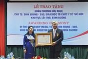 Trao Huân chương Hữu nghị tặng Giám đốc WHO khu vực Tây TBD
