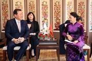 Chủ tịch Quốc hội tiếp đại diện một số tập đoàn kinh tế Hàn Quốc
