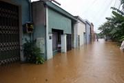 Hình ảnh nhà dân ở thành phố Đà Nẵng bị ngập sâu vì mưa lớn kéo dài
