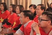 Cổ động viên Việt Nam tại Nga 'chia lửa' với sân vận động Mỹ Đình