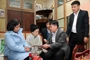 Tổng Giám đốc TTXVN thăm, chúc Tết gia đình nhà báo Đỗ Phượng