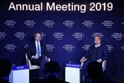 Thủ tướng Nguyễn Xuân Phúc đối thoại với Chủ tịch WEF Borge Brende