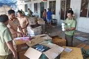 Tạm giữ hàng trăm thùng mỹ phẩm, tân dược chưa rõ nguồn gốc