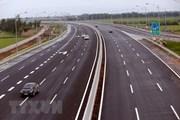 Tìm ra thủ phạm ném vật thể làm hỏng xe trên đường cao tốc