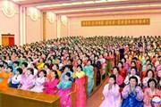 Múa hát tập thể kỷ niệm ngày sinh cố lãnh tụ Triều Tiên Kim Jong-il
