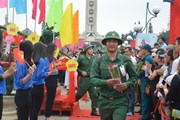 Quân khu 5 tổ chức lễ giao nhận quân trang nghiêm, chu đáo