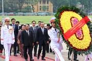 Hình ảnh Chủ tịch Quốc hội Campuchia viếng Lăng Chủ tịch Hồ Chí Minh